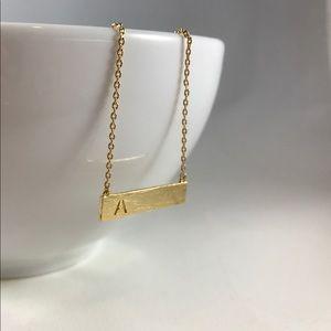 🛍 Handmade Horizontal Gold Pendant Necklace